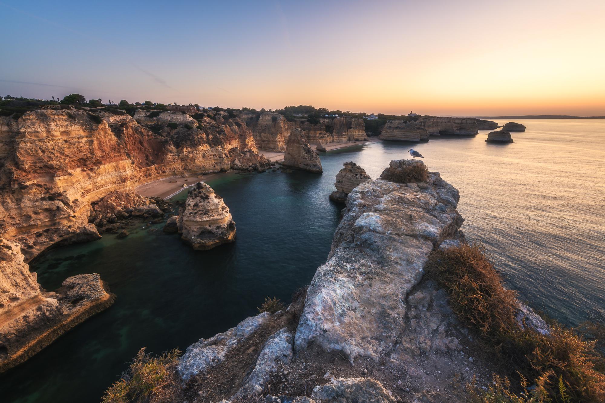 Portugal, Algarve, Region, Praia da Marinha, Klippen, Cliffs, Rocks, Felsen, Strand, Beach, Reise, Travel, Nature, Natur, Landschaft, Landscape, Europe, Sonnenuntergang, Sunset, Nikon, Nikon D850, Manfrotto, Haida, Novoflex